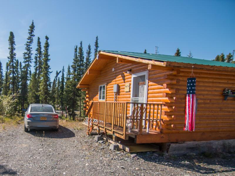 Cozy cabins northern nights campground for Cozy cabins rentals